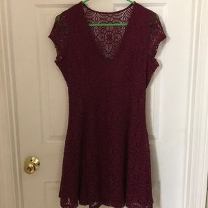 Maroon lace cocktail dress